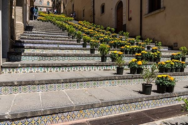 Caltagirone-Stairs-DSC7011-ITML-480x320